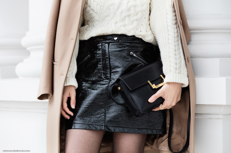 viennawedekind-patent-leather-mini-skirt-acne-studios-cony-boots-vienna-wedekind-2