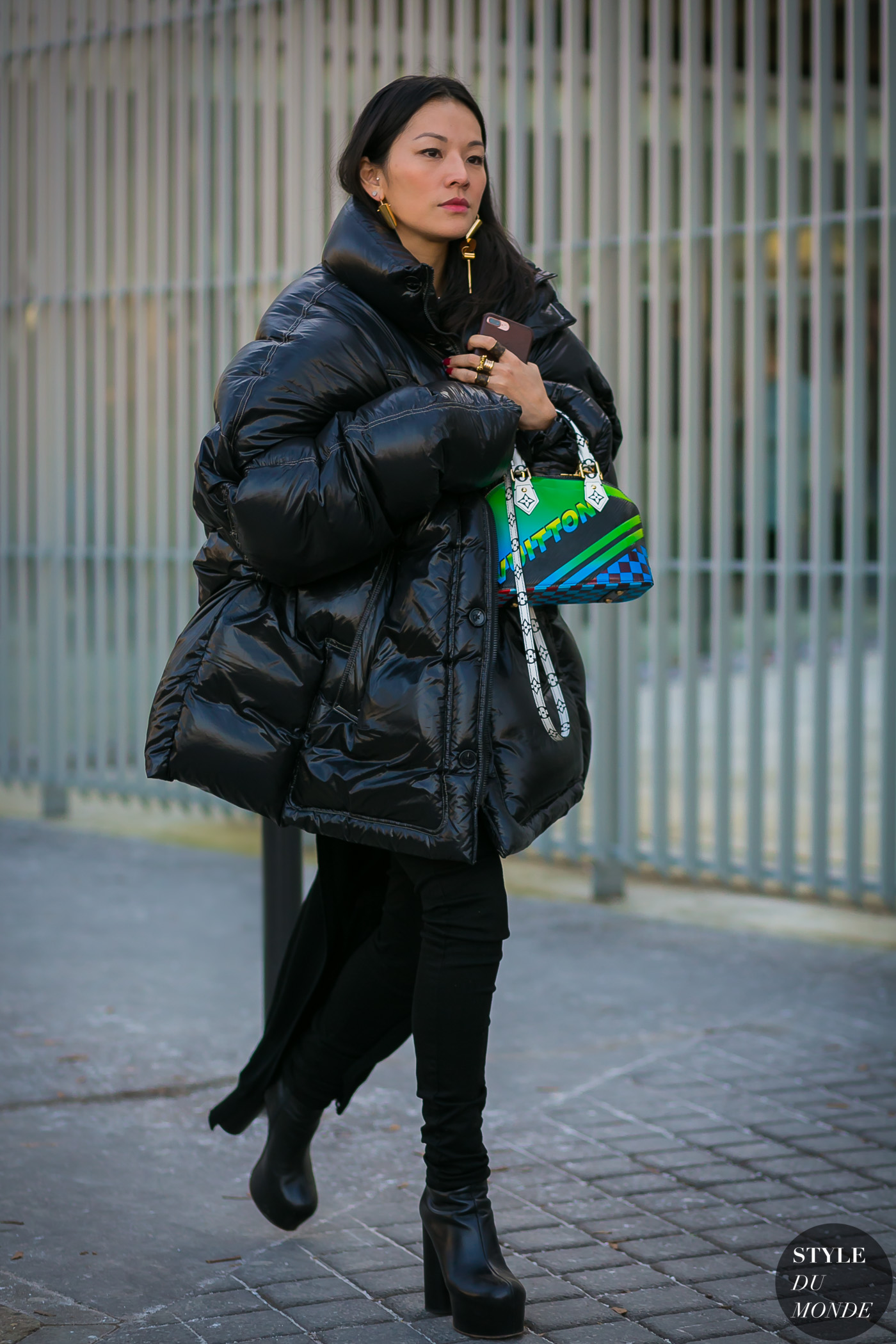 Tina-Leung-by-STYLEDUMONDE-Street-Style-Fashion-Photography0E2A8048-700x1050@2x