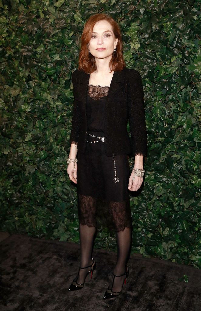 Isabelle+Huppert+Outerwear+Tweed+Jacket+9SxXMCy-W3Mx