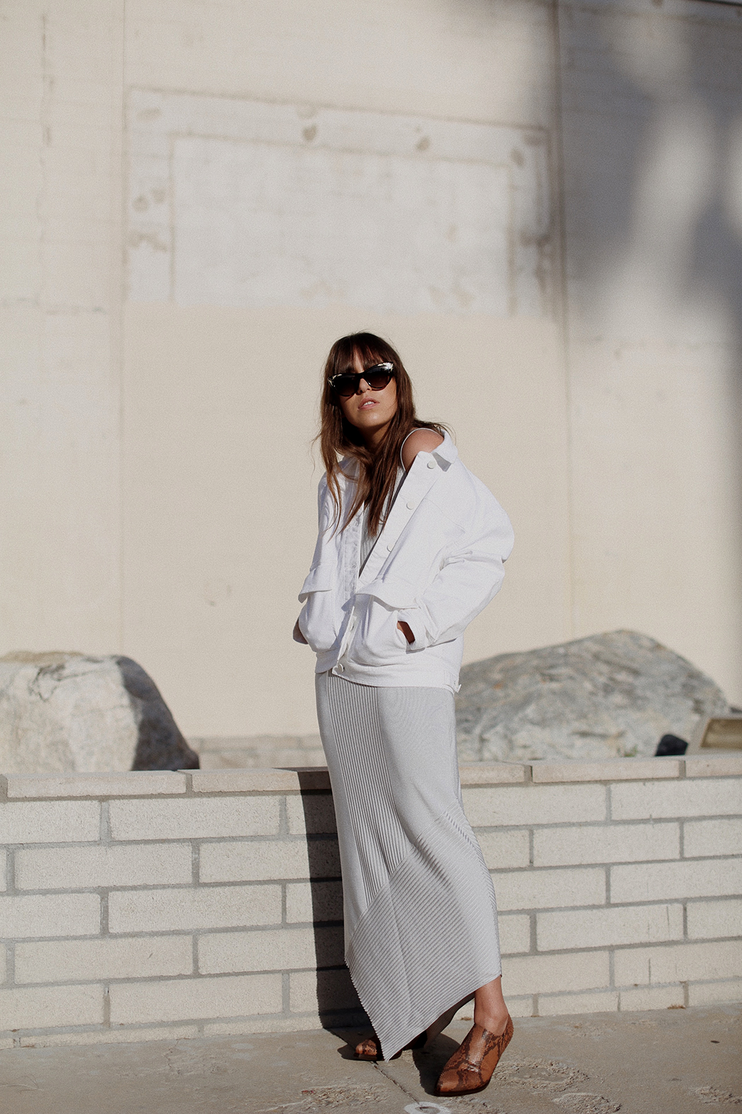 thedashingrider.filippa-k-grey-knit-dress-white-denim-jacket-gucci-cat-eye-sunglasses-vic-matie-boots-outfit-palm-springs-3